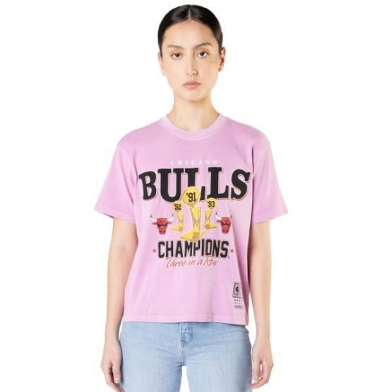 Mitchell & Ness Chicago Bulls Vintage Champs Trophy NBA Womens Basketball T-Shirt - Faded Pink